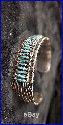 Navajo handmade sterling silver Turquoise needlepoint bracelet