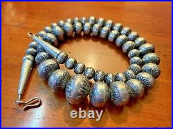 Vintage Old Pawn Navajo Pearls Sterling Silver Bench Beads Necklace 18